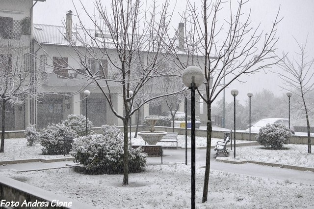 bagnoli-irpino-neve-febbraio-201300001