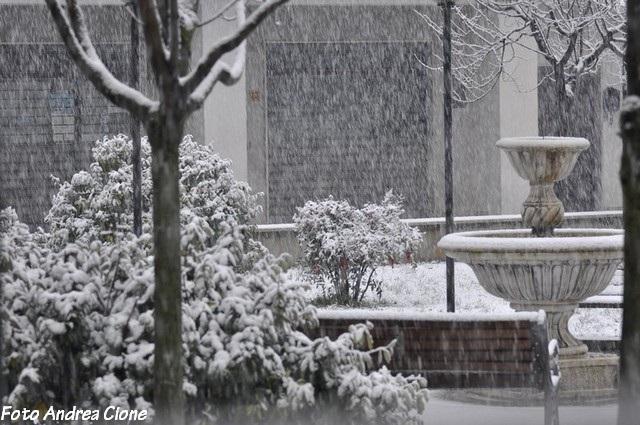 bagnoli-irpino-neve-febbraio-201300006