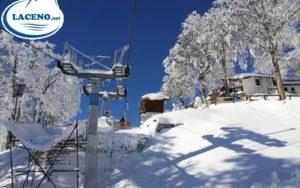 https://www.laceno.net/wp-content/uploads/2013/11/secondo-giorno-stagione-sciistica-lago-laceno-2013-201400009-500x198.jpg